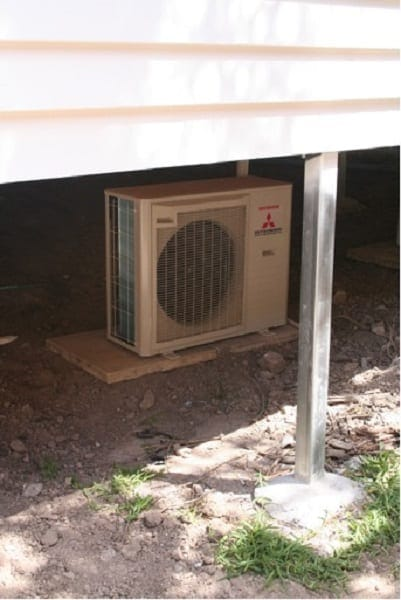 Air Con Install Short Stumped House Mounted Underneath